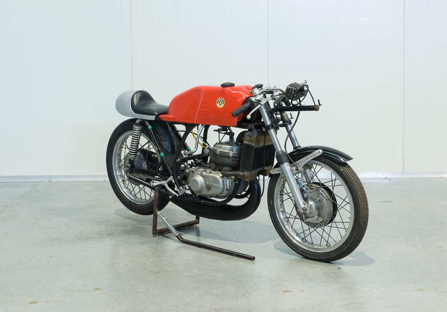 1968 BULTACO TSS 250CC 6-SPEED WATER COOLED PRODUCTION RACER